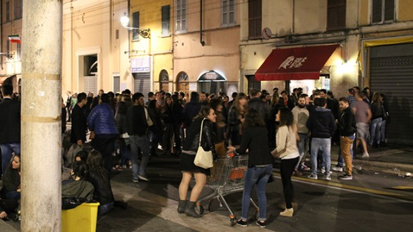 Weekend amaro per i bar di Parma: 10mila euro di multe