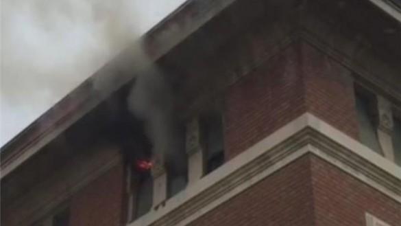 Incendio a San Secondo, intossicati anche tre bambini