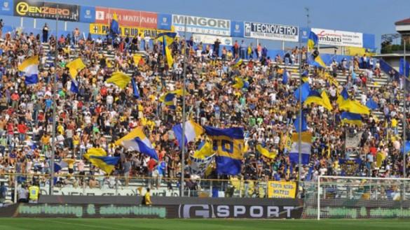 Parma, un pari all'esordio al Tardini. 1500 spettatori