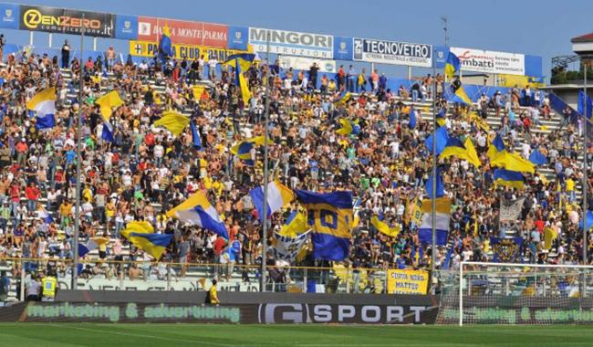 Parma: si alla trattativa privata, sono in tre