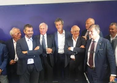 Parma, Pizzarotti torna e telefona. Bye bye Corrado