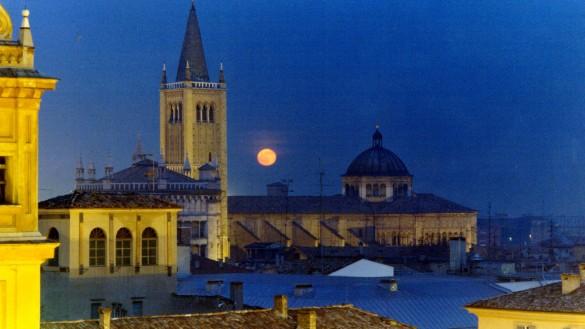 Il nuovo volto di Piazza Duomo, entro l'estate finiranno i lavori