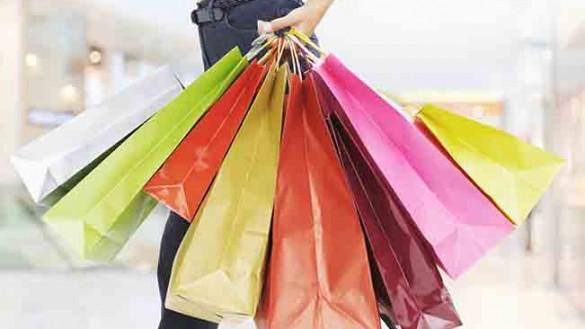 Domenica 25 marzo, negozi aperti per salutare la Primavera