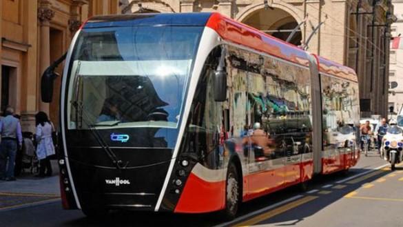 Bus: abbonamenti scontati per famiglie in difficoltà