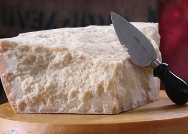 Parmigiano Reggiano in crescita nella grande distribuzione