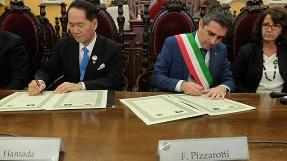 """Parma """"amica"""" del Giappone, ospite al padiglione Expò"""