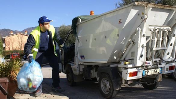 Raccolta rifiuti: Iren si ravvede, nuova gara e 3 milioni in più