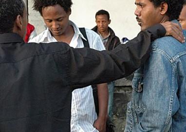 I richiedenti asilo di Parma diventano volontari