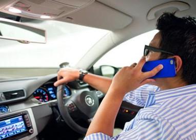 150 multe al mese per telefono alla guida