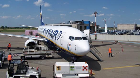 Ryanair gioca al braccio di ferro, ma l'esito non è scontato