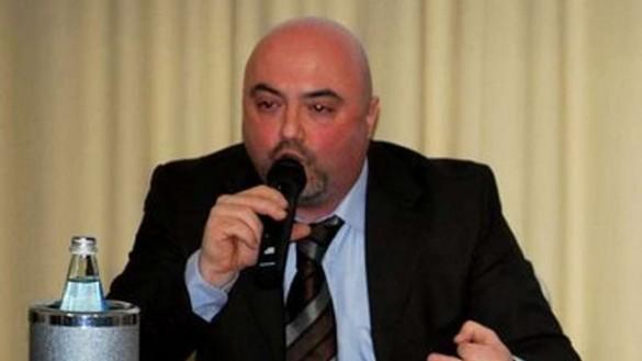Verona viene a Parma a dare lezioni sui cassonetti interrati
