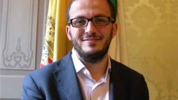 Fritelli a Roma per chiedere al Governo i soldi per strade e scuole