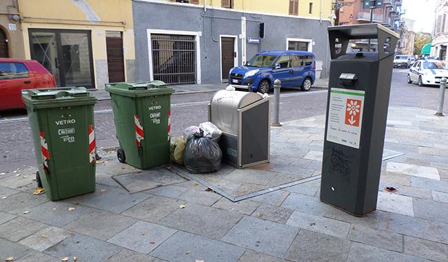 Controllo dei rifiuti: in Oltretorrente 8 multe