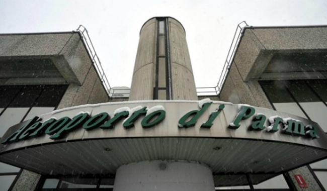 Aeroporto di Parma: nuovi fondi o via libera alla liquidazione