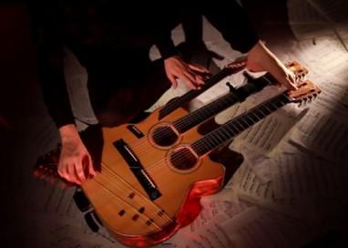 La chitarra a 49 corde di Paolo Schianchi a Expo 2015