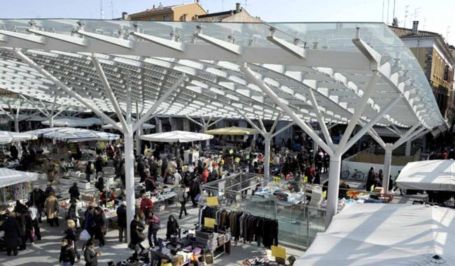Ghiaia: l'8 dicembre ambulanti in piazza per il mercato fino alle 19