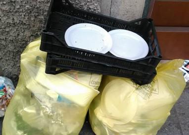 """""""Parma e La Grande Monnezza"""", viaggio tra i rifiuti"""