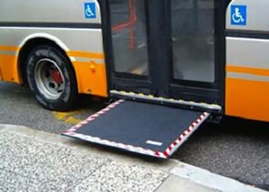 Tep: disabile in carrozzina lasciato a terra