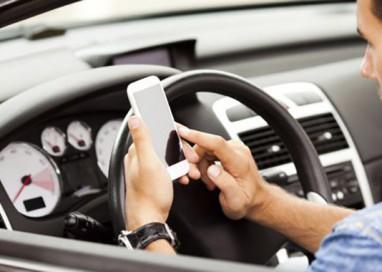 Telefono al volante: sedici multe dal 6 al 12 novembre