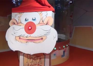 Babbo Natale all'Ospedale dei Bambini scende dall'alto