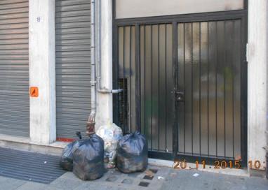 Controllo rifiuti: 4 multe in Oltretorrente