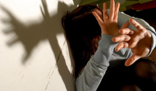 Bassa, condannato a 18 mesi il padre padrone incubo dell'ex moglie