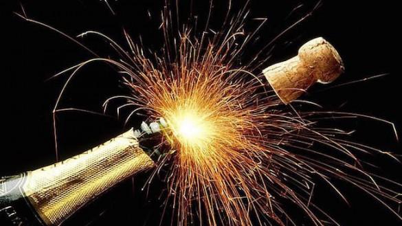 Buon 2017 a tutti! La redazione di Parmareport vi augura un buon anno!