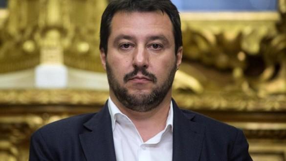 """Lega, arriva Salvini: """"Meno tasse e meno clandestini"""""""