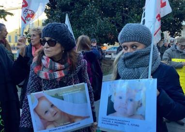 Protesta contro l'inceneritore, ma decisione rimandata