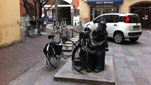 Attenti a dove lasciate le bici!