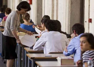 """Licei: """"Greco al Classico, Matematica allo Scientifico"""""""