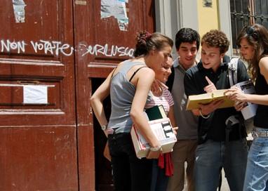"""Nasce lo """"Sportello Salvastudente"""". Dal 17 in vicolo Grossardi"""