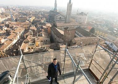 """Pizzarotti: """"Turismo in aumento"""". Ma i social dubitano"""