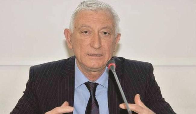 Si uccide l'ex rettore dell'università di Parma, era indagato per abuso d'ufficio