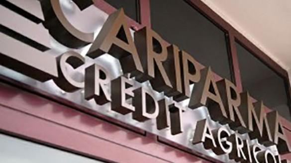 Tentata rapina alla Cariparma, via Spezia sotto assedio