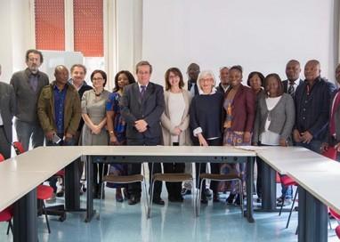 Solidarietà. Materiale sanitario e scolastico in Costa d'Avorio