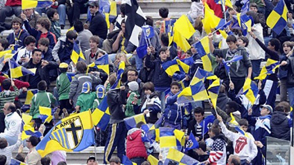 Live. Parma-Cremonese: 1 a 0. Segna Calaiò su rigore