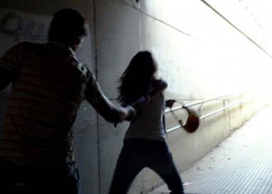 Aggredisce la moglie in una struttura protetta: condannato