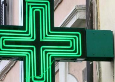 Sorbolo, minaccia commessa farmacia con cacciavite