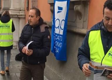 LA POLIZIA FA SCIOPERO DELLA FAME