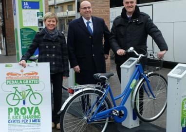 Bike sharing: chi parcheggia l'auto, usa le bici gratis