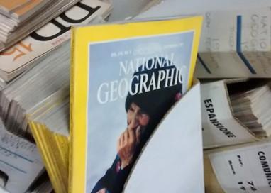Emeroteca ridotta a spazio riviste quartiere. Scartati 300 periodici