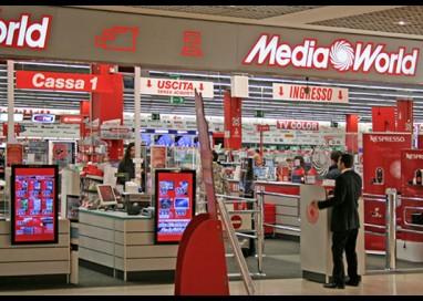 Furto al MediaWorld: ladra scappa ma perde i documenti