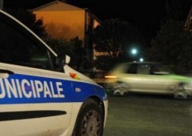 Agenti della Municipale accusati di aver picchiato un ivoriano