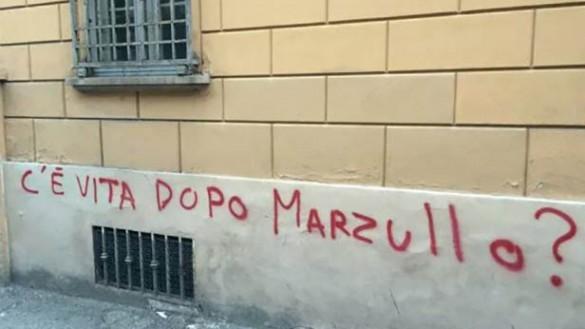 """Multe scritte sui muri. Lega: """"Sindaco non smette mai di deluderci"""""""