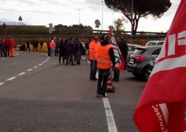 27 aprile sciopero lavoratori ABC Costruzioni