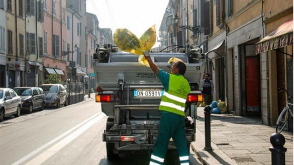 Raccolta dei rifiuti, come cambia per la partita Parma-Cittadella