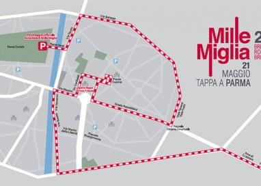 Mille Miglia: auto Dallara sotto i portici del Grano e Vip Lounge in Duomo