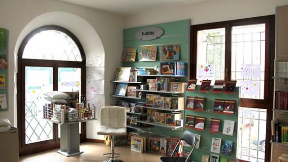 """""""Una passione inconfessabile"""" alla Libreria Piccoli Labirinti"""