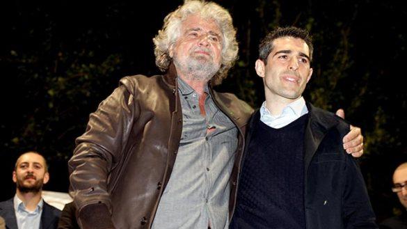 """Grillo: """"Pizzarotti è sospeso dal MoVimento 5 Stelle"""""""